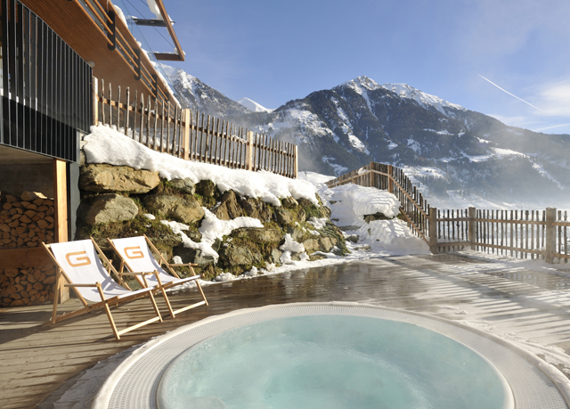 Exklusiver alpen urlaub im design hotel in sterreich for Design hotels alpen