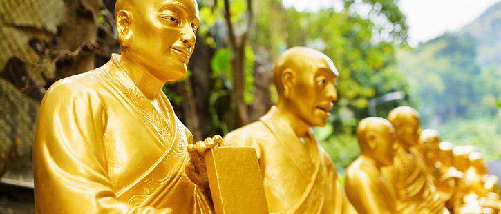 10000-buddha-monastery-725x310px