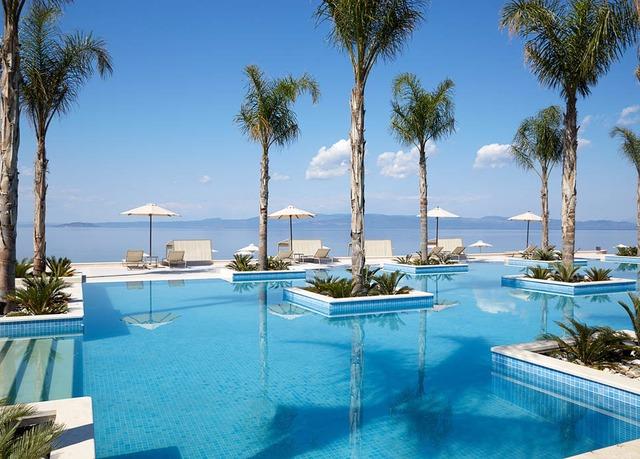 Traumhafte beach villa auf den malediven luxus urlaub in for Stylische hotels