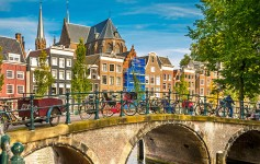 Amsterdam-725x310px