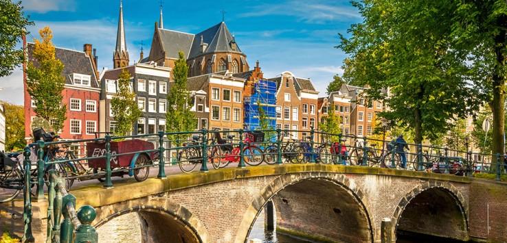 Amsterdam-Brücke-Holland-3-1170x500px