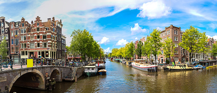 Amsterdam-Canal-725x310px