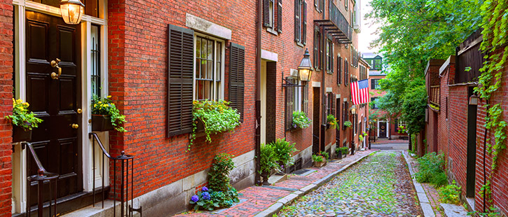 Beacon Hill-Acorn-Street-Boston-725x310px