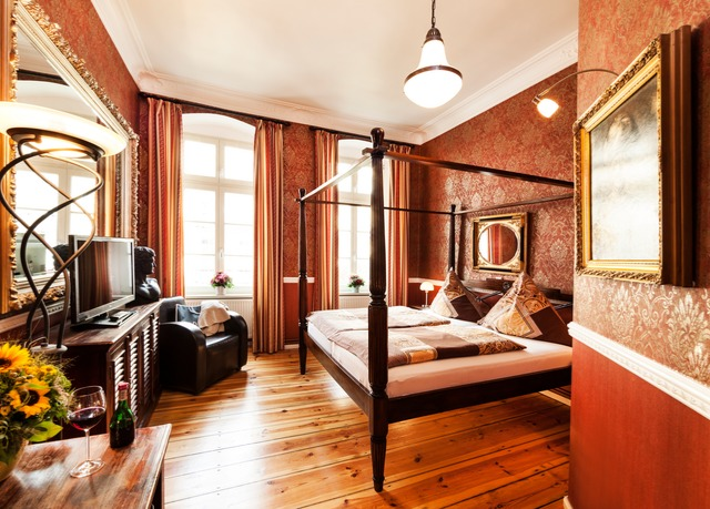 Barockes boutique hotel in berlin mitte mit fr hst ck und for Boutique hotel berlin mitte