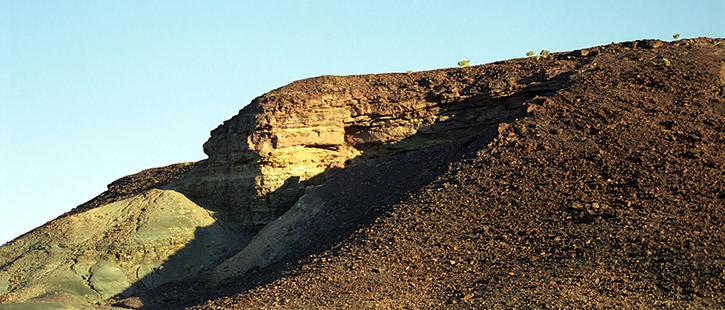 Burnt-Mountains,-Namibia-725x310px