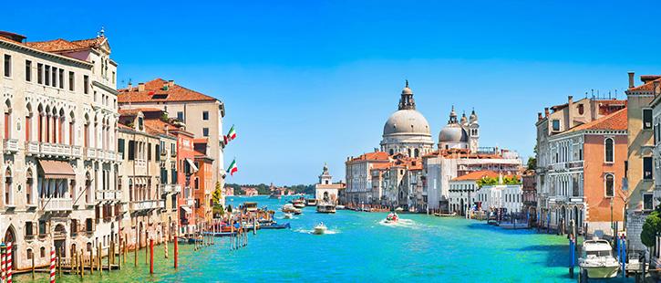 Canal-Grande-with-Basilica-di-Santa-Maria-della-Salute-725x310px