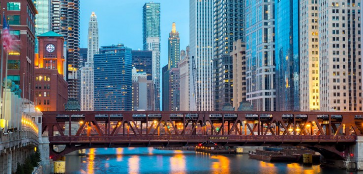 Chicago-downtown-and-Chicago-River-3-1170x500px