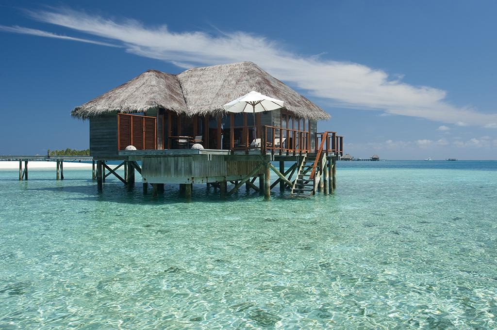 Conrad Maldives_Deluxe Water Villa (12)