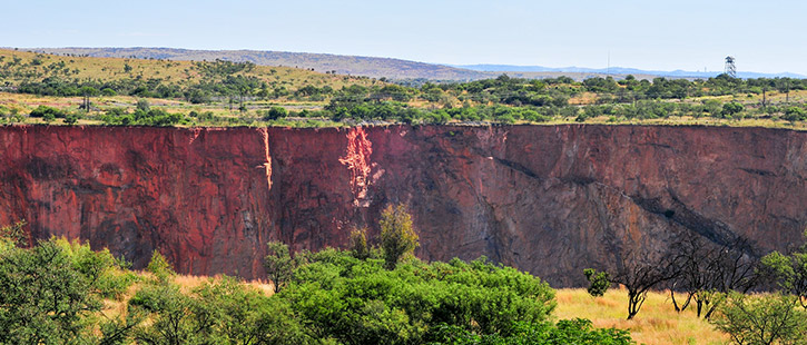 Cullinan-Diamond-Mine---South-Africa-725x310px