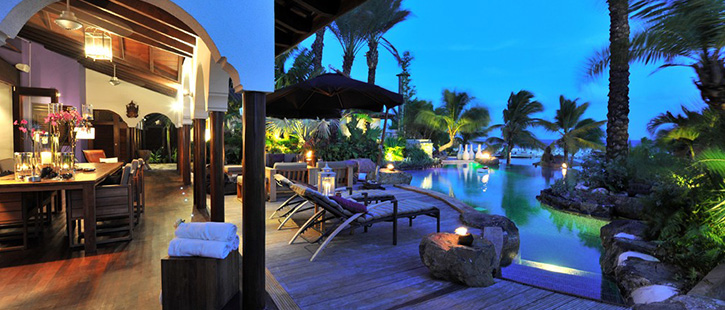 Curacao-Baose-se-Master-Villa-Pool-1024x618-725x310px