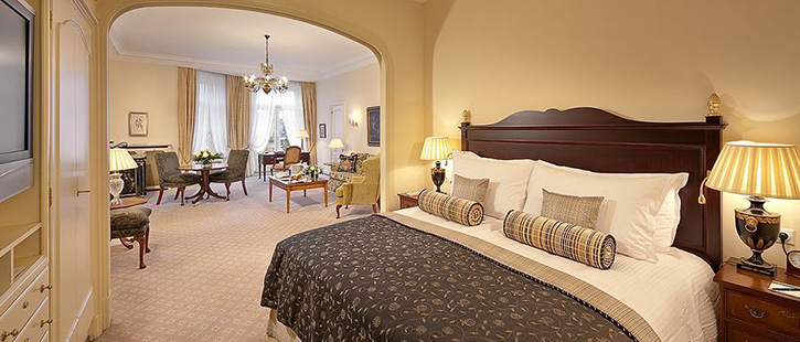 Fairmont-Hotel-Vier-Jahreszeiten-725x310px