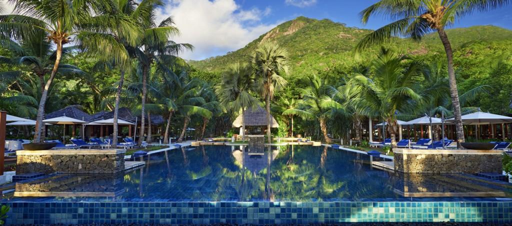 Hilton Labriz 8 Pool