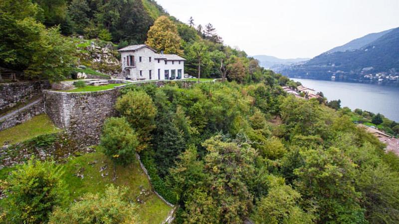 Villa Torno Lage