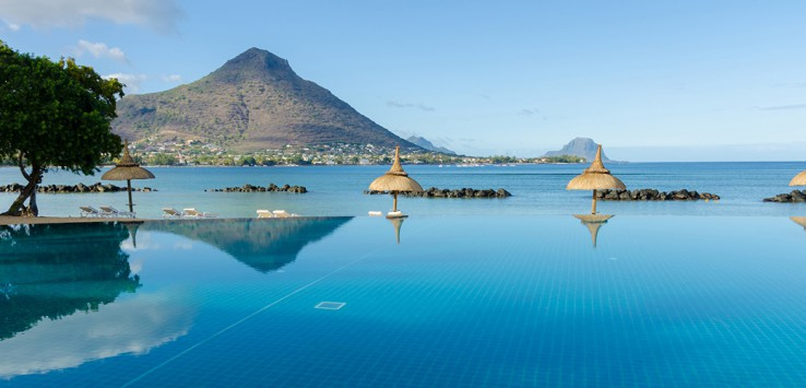 Infinity-Pool-in-Mauritius-1170x500px-2