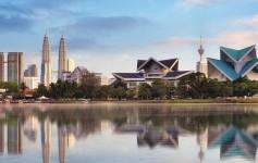 Kuala-Lumpur,-Malaysia-skyline-at-Titiwangsa-Park-1170x500px-2