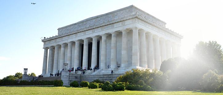 Lincoln-Memorial-725x310px