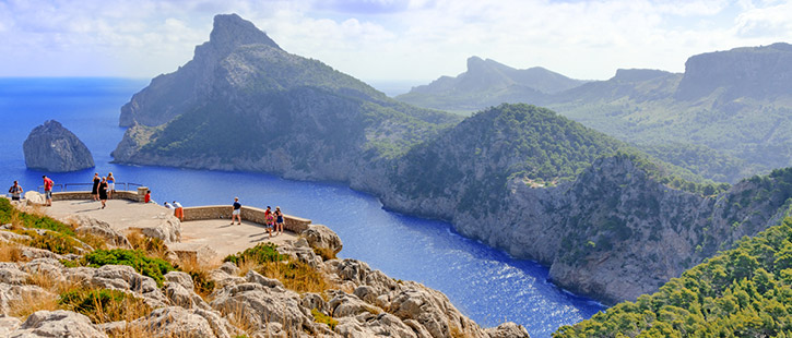 Mallorca-landscape-and-view-to-Cape-Formentor-725x310px