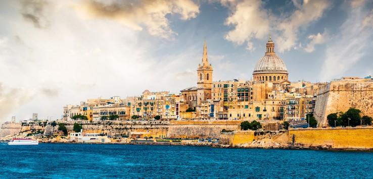 Marsamxett-Harbour-and-Valletta-Malta-1170x500px-3