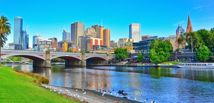 Melbourne-skyline-in-summer-1170x500px-2
