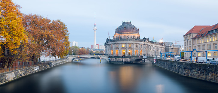 Museum-island-on-Spree-river-and-Alexanderplatz-TV-tower-725x310px