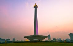 National-Monument-in-Jakarta-1170x500px-3