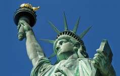 New-York-Statue-of-Liberty-1170x500px