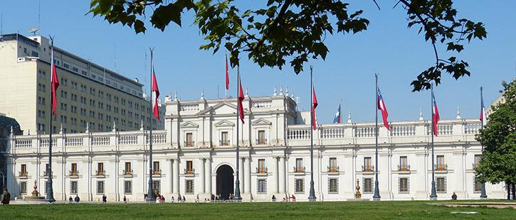 Präsidentenpalast-725x310px