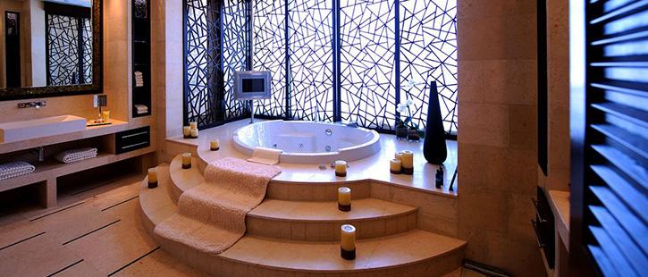 Raffles-Dubai-725x310px