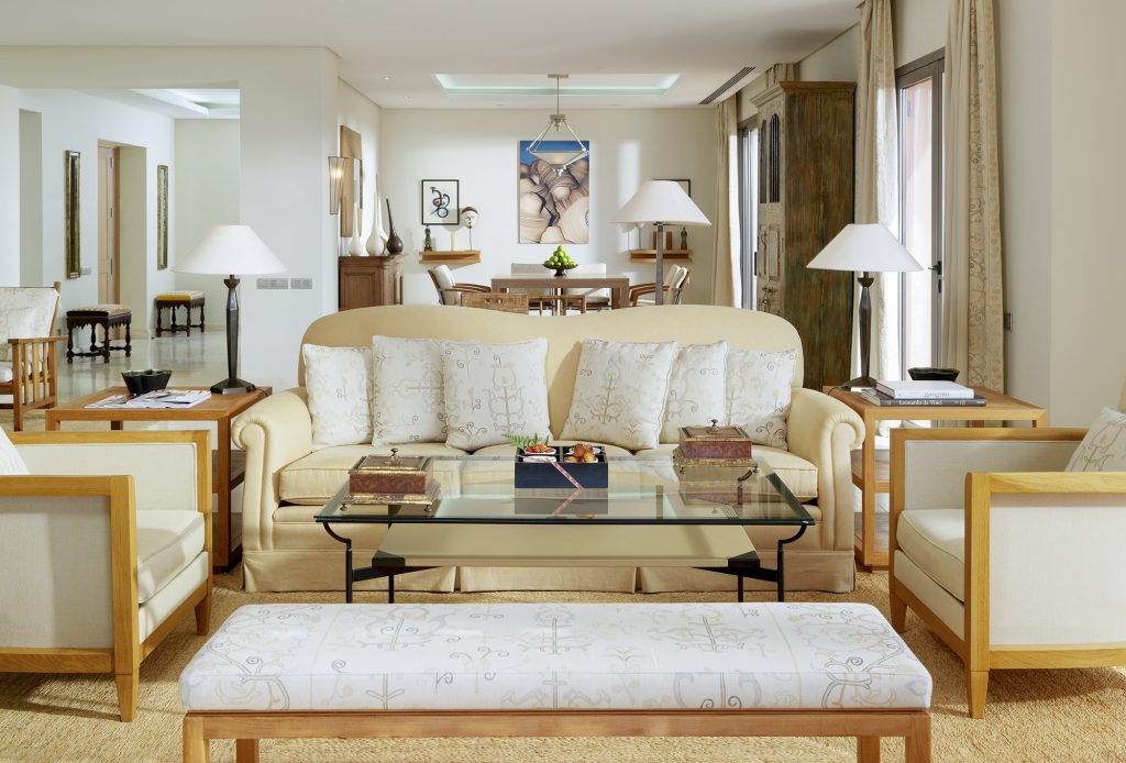 ritz-carlton-suite-living-room
