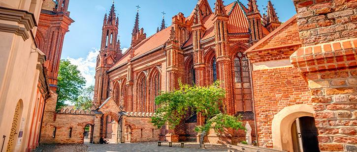 ST.-Anne-Kirche-725x310px