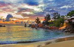 Seychelles-island-sunset-1170x500px-2