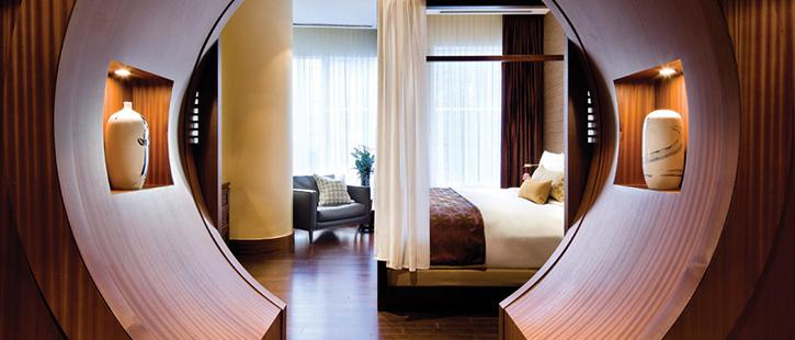 Shangri-La-Hotel,-Toronto-725x310px