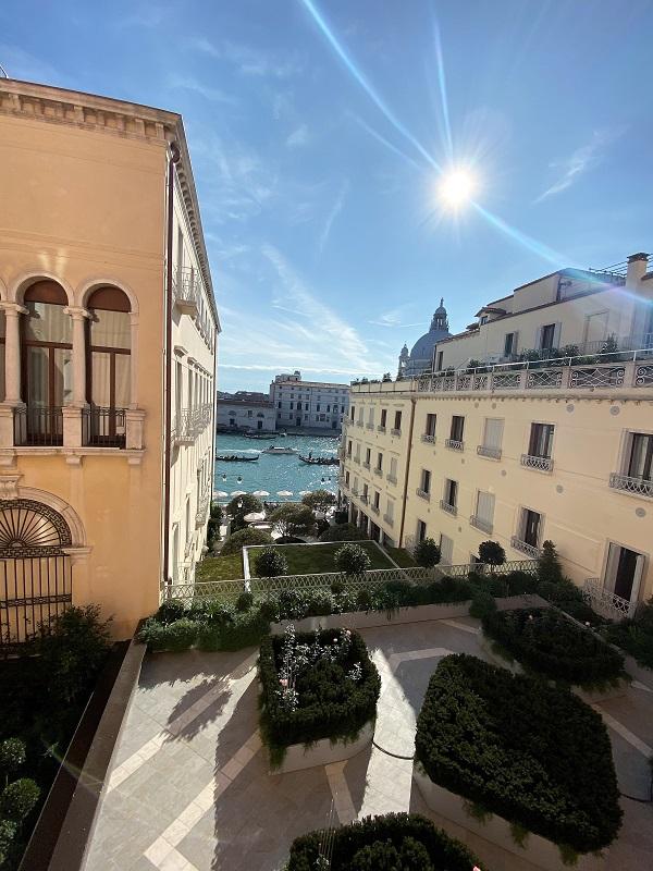 St. Regis Venice Grand Canal Deluxe Suite