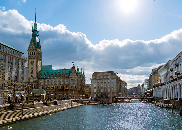 Buchen sie das stilvolle steigenberger hotel hamburg zum for Hamburg hotel buchen