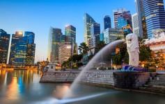 The-Merlion-fountain-Singapore-skyline-1170x500px-3