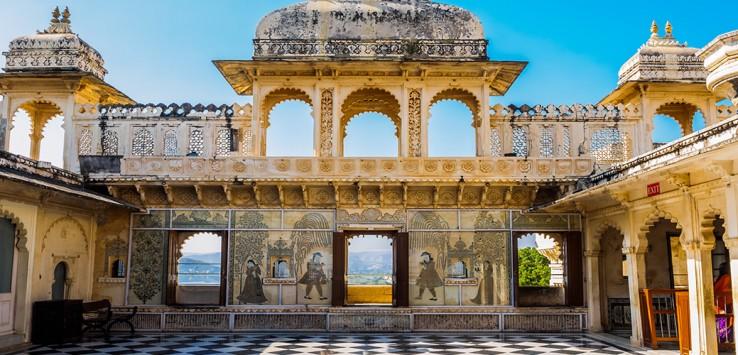 Udaipur-City-Palace-1170x500px