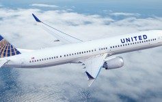 United-Airlines-plane-725x310px