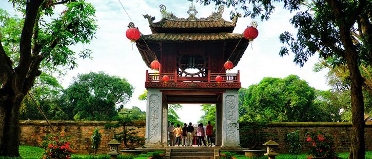 Văn-Miếu-hanoi-2-725x310px