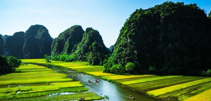 Vietnam-Fluss-Berge-Natur-5-1170x500px