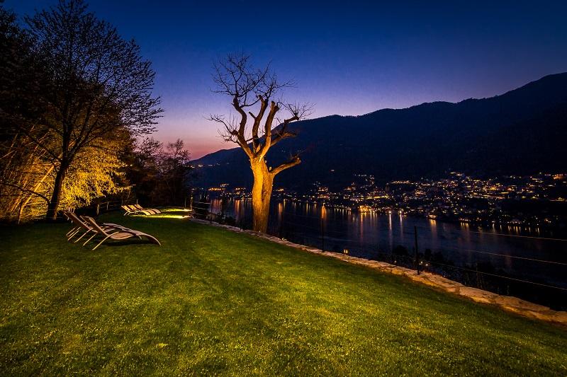 Villa Torno Ausblick bei Nacht