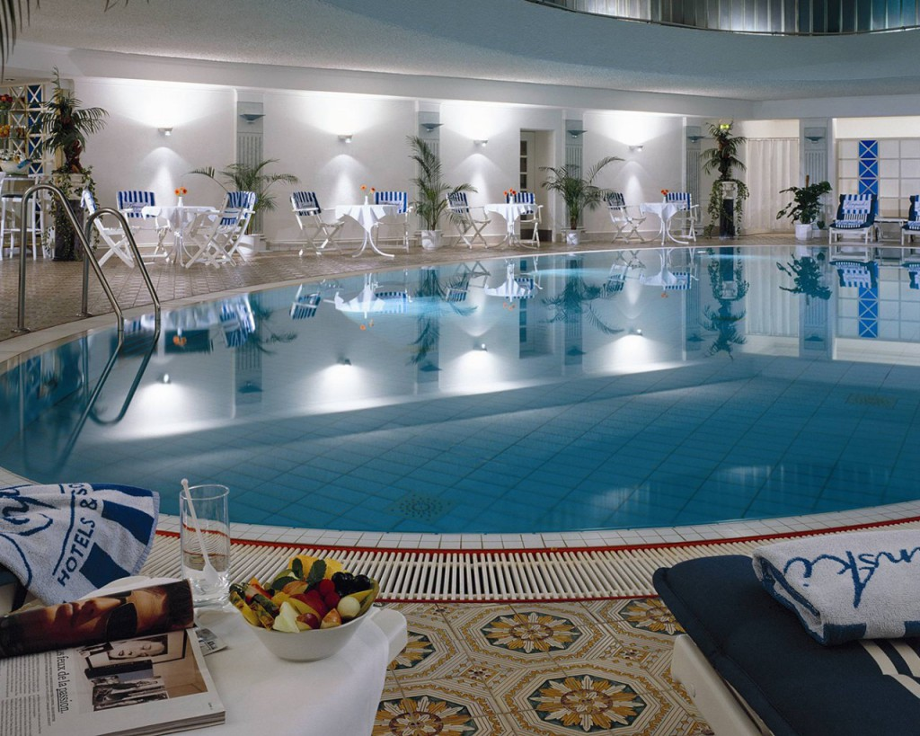 Web_Kempinski-Hotel-Bristol-Berlin-SPA-Pool