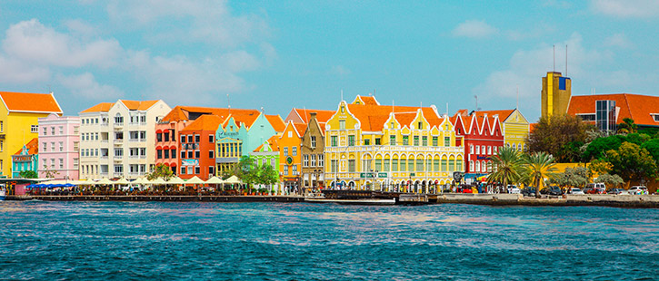 Willemstad-Curacao-725x310px