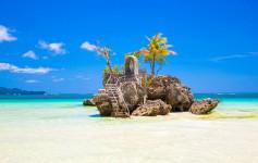 Willy's-rock-on-island-Boracay-Philippines-1170x500px-2