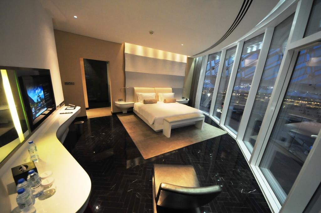 Yas Viceroy Hotel 8