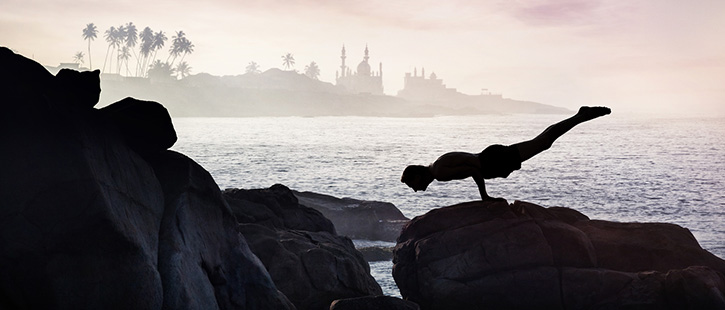Yoga-on-the-rock-725x310px